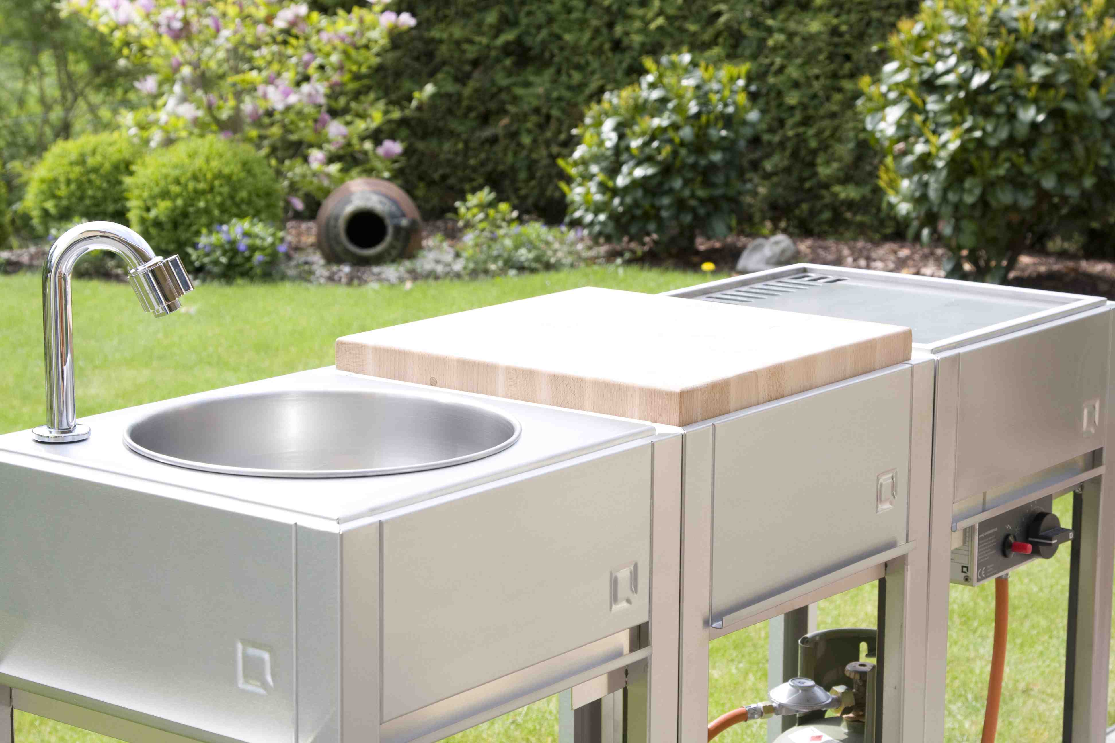 Outdoor Küche Edelstahl Zubehör : Oneq smart outdoor cooking outdoorküche bevemo